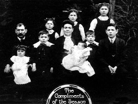 1912 Aston Family Glamorgan Wales UK